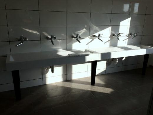 öffentlicher Waschraum Sanitärinstallation Haustechnik Biancofiore